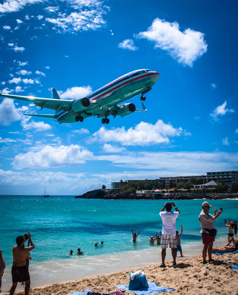 american-airlines-maho-beach-approach
