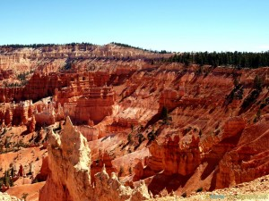bryce-canyon-red-rocks-photo