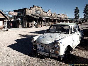 bryce-canyon-trabi-german-car