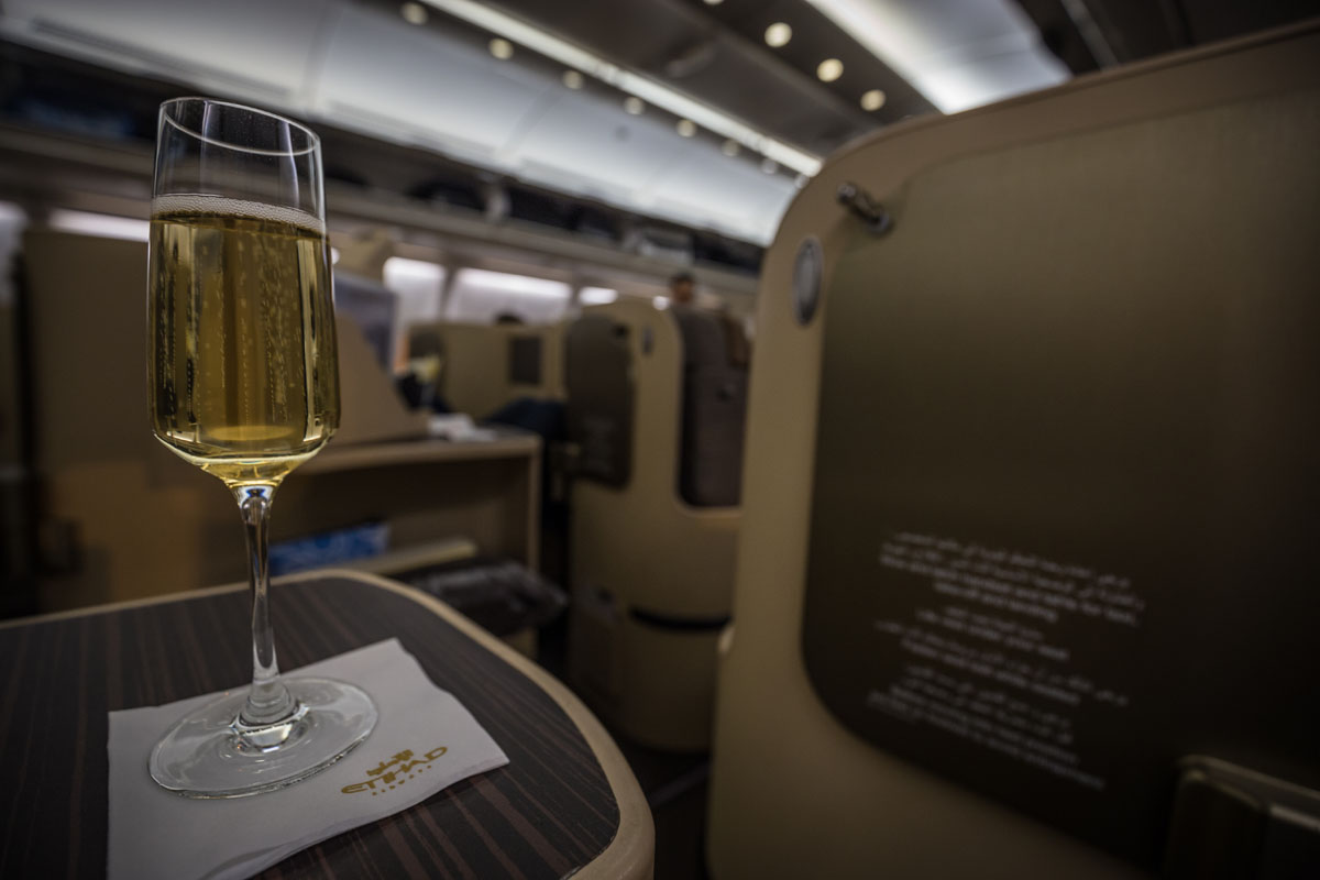 champagne glass etihad