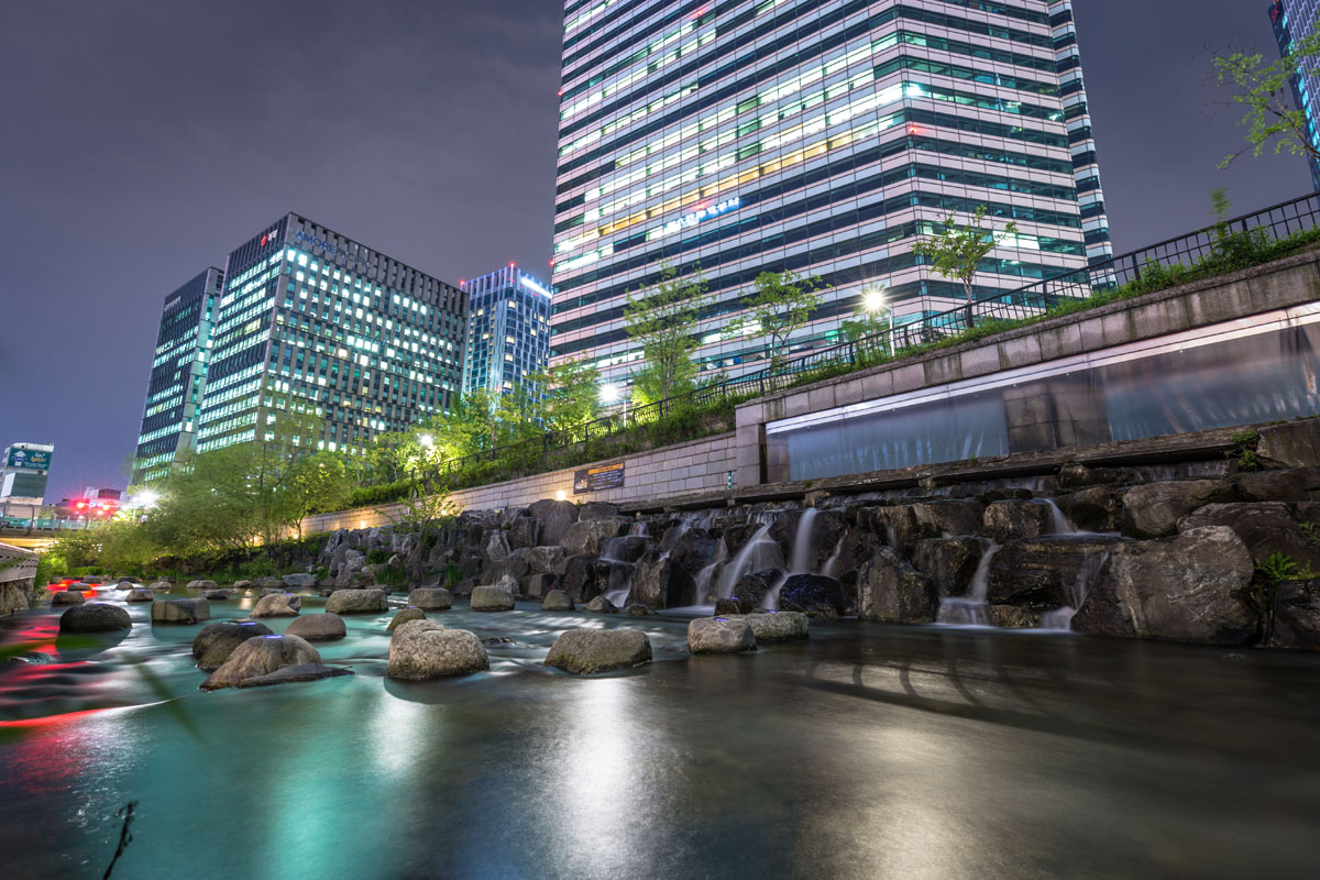 cheonggyecheon-night