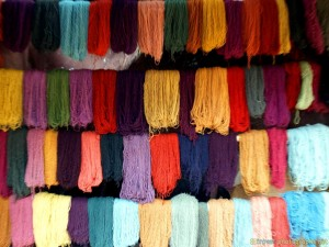 colored-alpaca-sheep-wool-peru