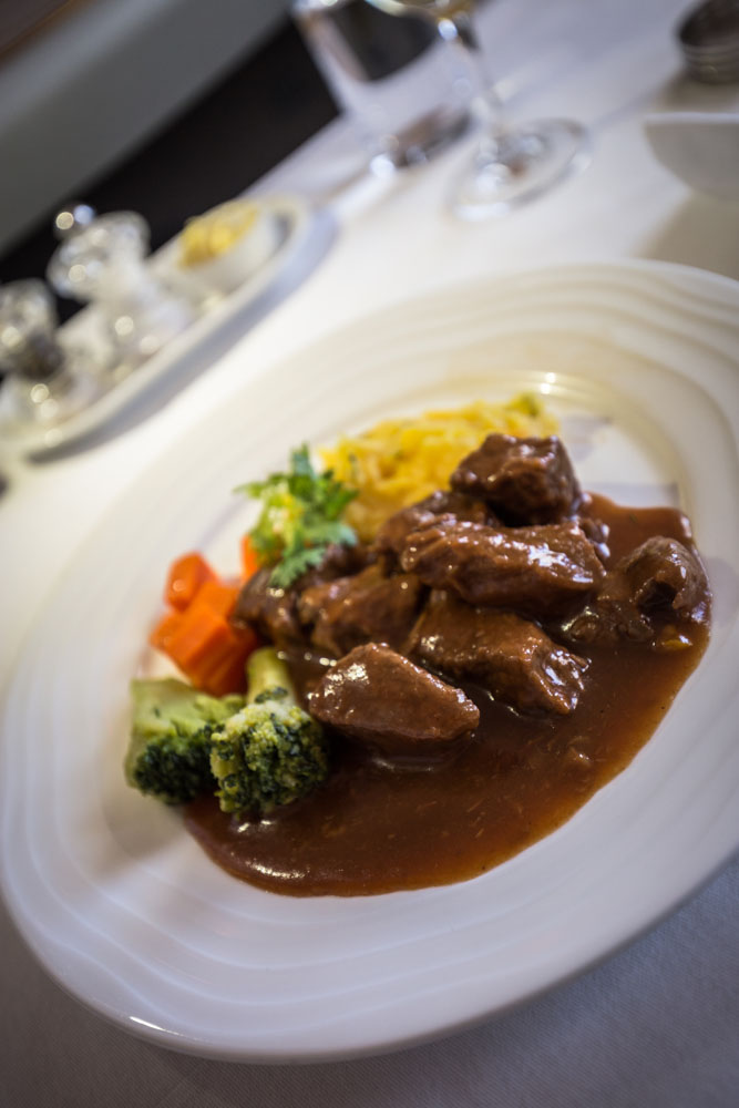 emirates-beef-main-course
