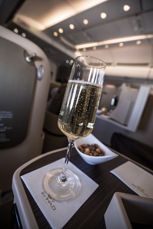 etihad business champagne