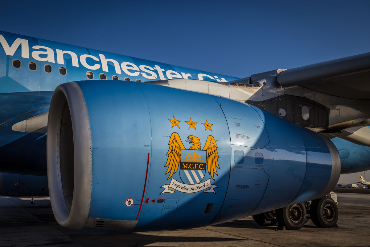 etihad man city plane