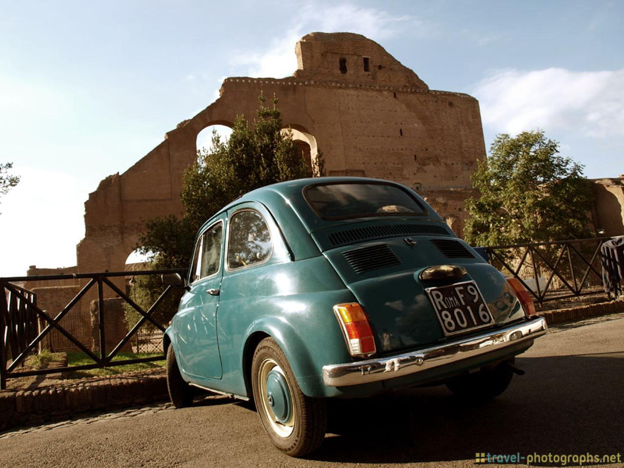 fiat-blue-in-rome-italy