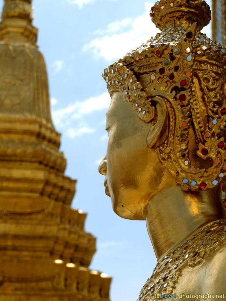 golden statue grand palace thailand