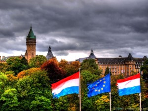 luxembourg-city-flag-hdr