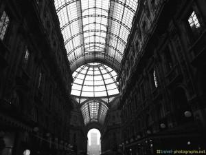 milan-galleria-vittorio-emanuele-inside