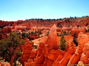 red-bryce-canyon-walk
