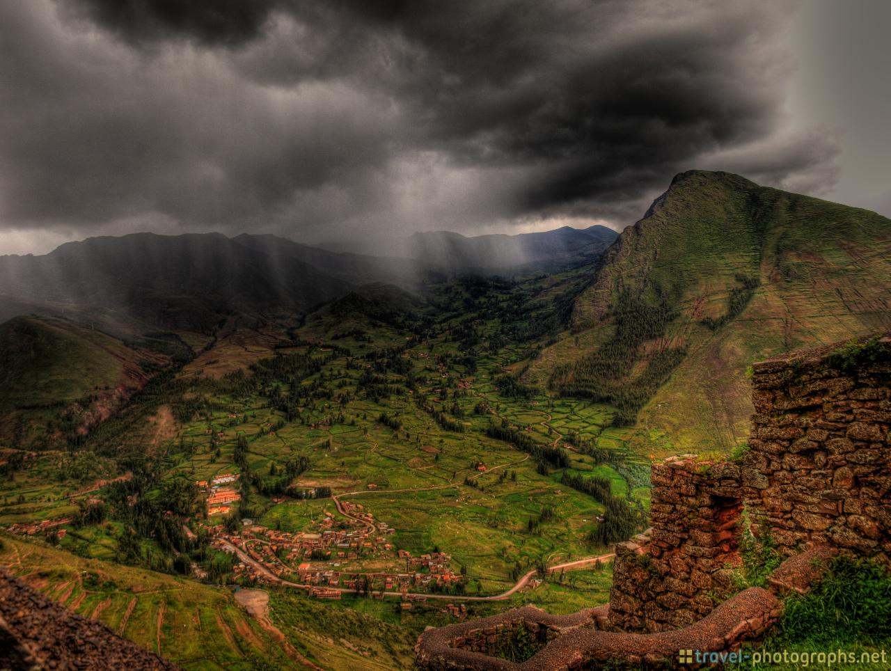 sacred-valley-of-the-incas-from-pisac-ruins-hdr