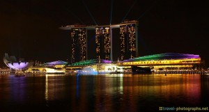 singapore-marina-bay-sands-skyline-lightshow