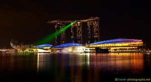 singapore-skyline-marina-bay-sands-lightshow
