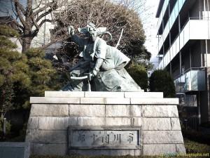 statue-japan-asakusa-tokyo-photos