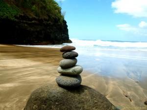stones-kalalau-trail-hawaii-kauai-na-pali-coast