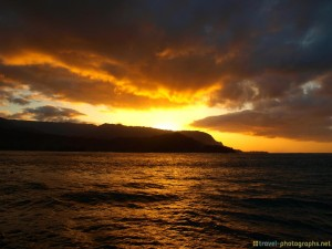 sunset-beach-hanalai-bay-kauai-hawaii