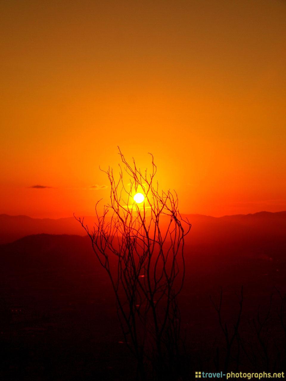 sunset-on-viewpoint-newcastle-australia