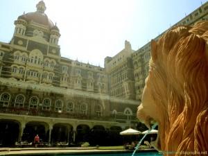 taj-mahal-palace-hotel-mumbai-courtyard-pool