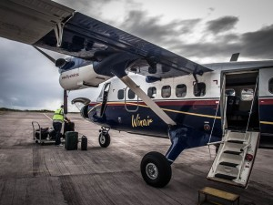 winair twin otter plane at saba photos